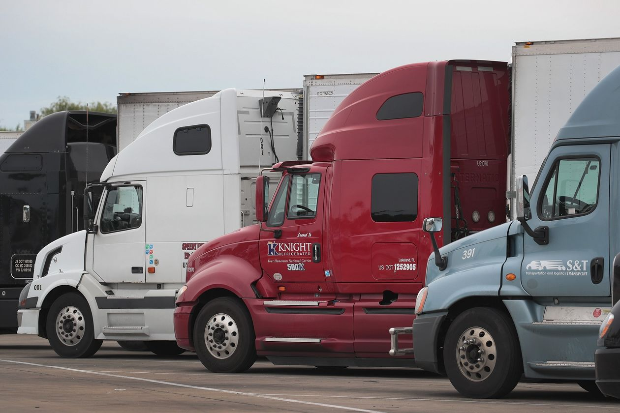 Uber Seeks to Build Up Freight Business